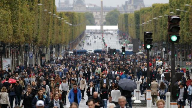 Selon les prévisions de l'Insee, la population francilienne devrait augmenter et vieillir, d'ici à 2050.