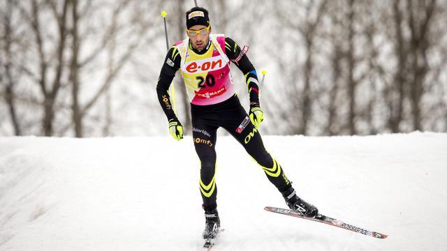 Martin Fourcade a récupéré le dossard jaune de leader de la Coupe du monde de biathlon.