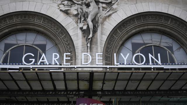Le suspect a été interpellé par des douaniers en gare de Lyon.