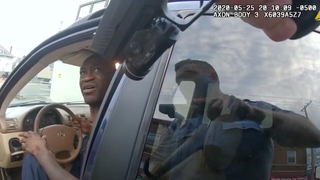Les images de l'arrestation de George Floyd filmées depuis les caméras des policiers ont été rendues publiques