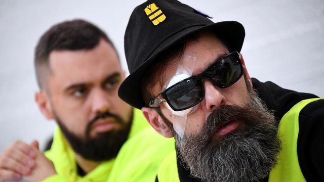 Eric Drouet et Jérôme Rodrigues, leaders informels des gilets jaunes, le 30 janvier, lors d'une conférence de presse.
