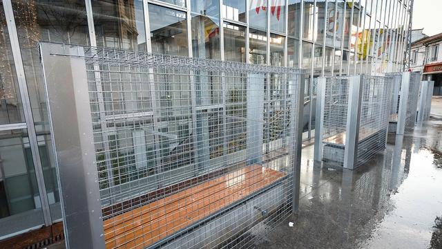 Grilles Anti Sdf à Angoulême Vives Réactions Sur Le Web Wwwcnewsfr