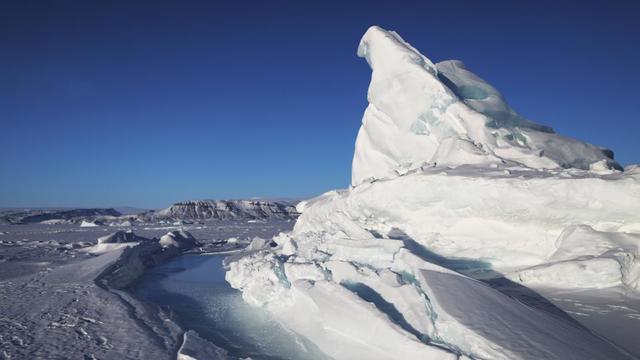 Selon l'étude, le Groenland va à l'avenir «devenir l'un des contributeurs majeurs de l'élévation du niveau de la mer», à cause du rythme de la fonte des glaces qui accélère sur l'île.