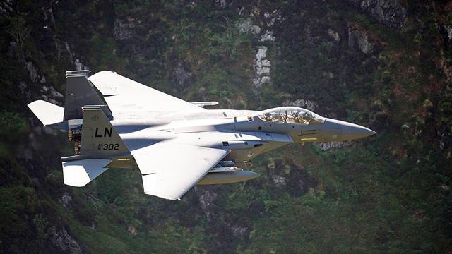 Les pirates ont pu prendre le contrôle d'un F-15 de ce type.