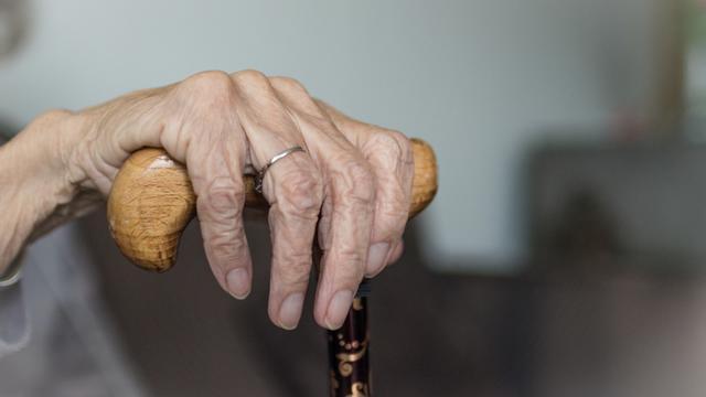 Pour le scientifique David Sinclair, le vieillissement n'est pas inévitable.