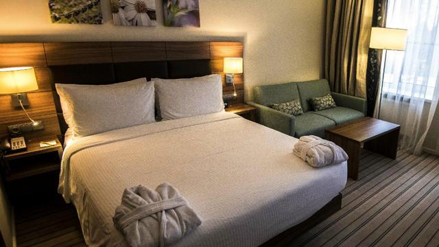 Les chambres mesurent une vingtaine de mètres carrés.