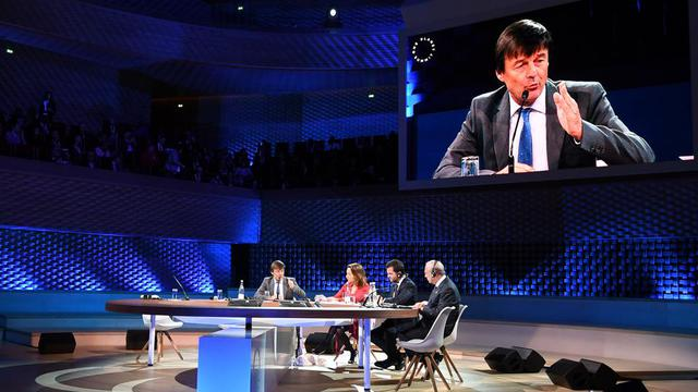 Le ministre de la transition écologique, Nicolas Hulot, au «One Planet Summit», le 12 décembre.