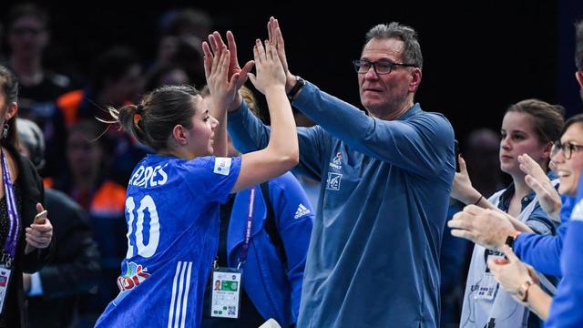 Olivier Krumbholz est satisfait du travail de ses joueuses contre les Allemandes.