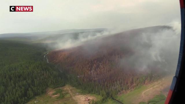 Russie : des gigantesques incendies en Sibérie