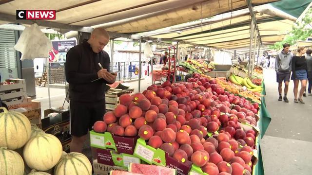 Fruits et légumes : pourquoi leurs prix s'envolent ?