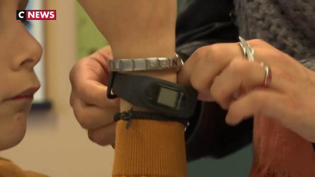 Guingamp : des montres connectées distribuées aux élèves