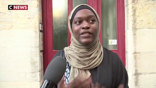 200 personnes manifestent à Besançon pour soutenir la mère voilée prise à partie par un élu RN