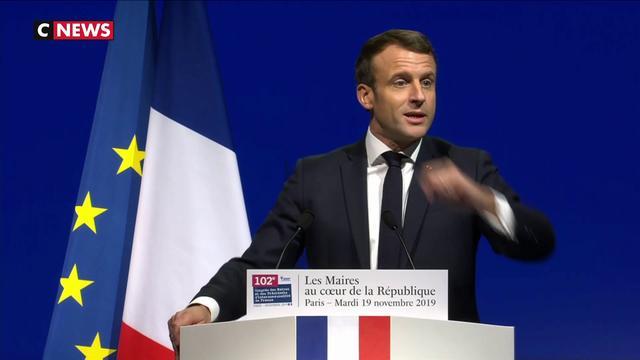 Congrès des maires de France : Emmanuel Macron en opération reconquête pour séduire les élus