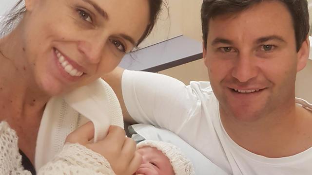 Le Première ministre néo-zélandaise à l'hôpital pour accoucher