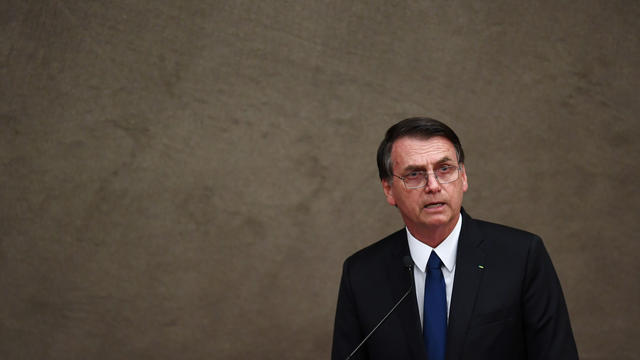 Jair Bolsonaro a annoncé son intention de retirer le Brésil du pacte mondial sur les migrations.