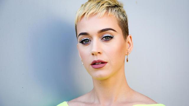 Cette somme permettra peut-être à Katy Perry de doubler son ennemie du moment Taylor Swift au classement des chanteuses les mieux payées de la planète