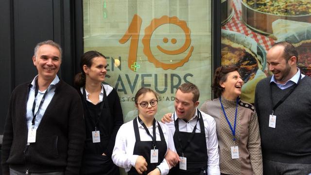 Les fondateurs Christophe et Nathalie Gerrier en compagnie du directeur du restaurant Baptiste Demougeot (à droite).