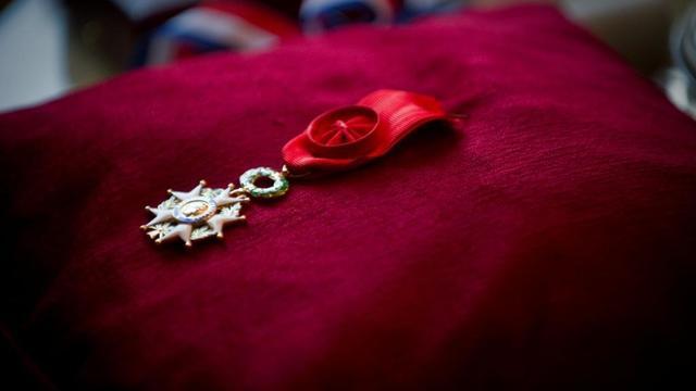La médaille de la Légion d'honneur.