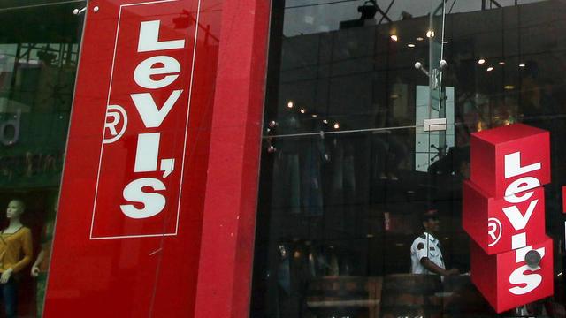 Parmi les produits concernés par les sanctions, l'Union européenne a mentionné les motos Harley-Davidson, la marque de whisky Bourbon et les jeans Levi's.
