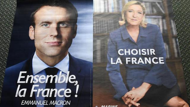De par leur discours et leur gestuelle, Emmanuel Macron et Marine Le Pen incarneraient deux visions du monde antagoniques.