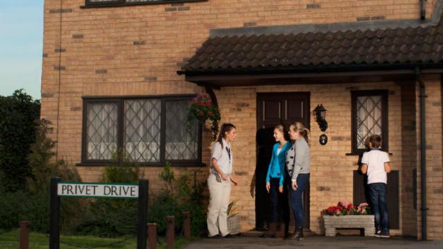 La maison d\u0027enfance d\u0027Harry Potter ouvre ses portes à