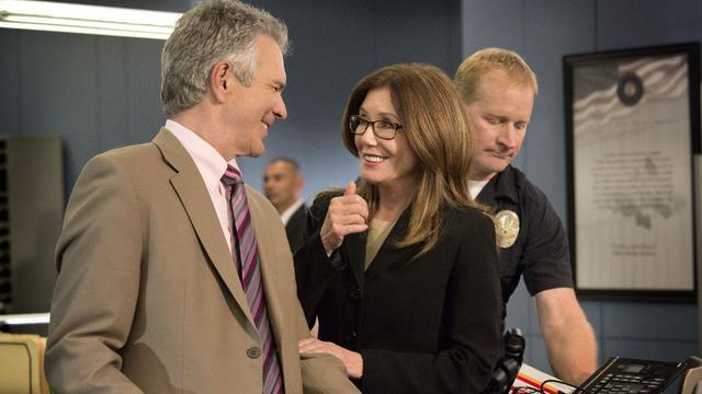 Mary McDonnell et Tony Denison planchent sur des enquêtes de crimes majeurs