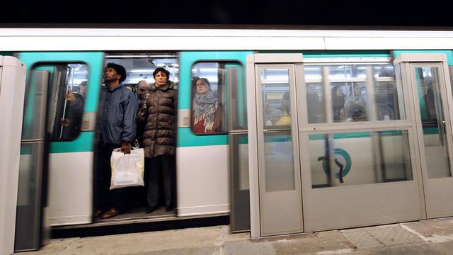 «Ces malaises pourraient être évités ou mieux gérés si chacun adoptait les bons réflexes », estime la RATP.
