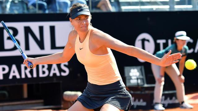Après deux ans d'absence, Maria Sharapova fait son retour sur la terre battue parisienne.