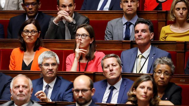 Amélie de Montchalin (en rouge), députée LREM de 32 ans, est l'une des figures montantes de la majorité.