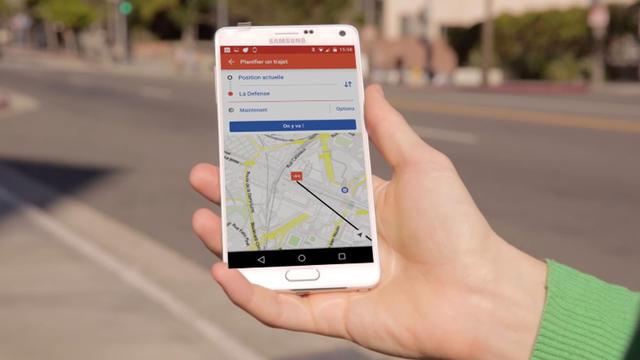 Moovit permet aussi à ses utilisateurs de donner des infos trafic utiles aux autres.