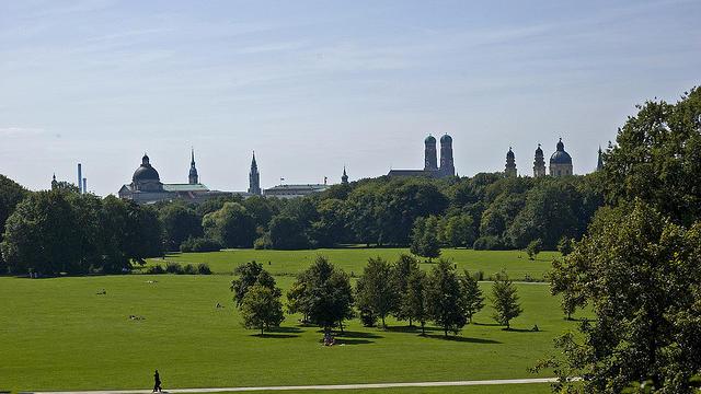 Le Jardin anglais à Munich, où est désormais autorisé le nudisme