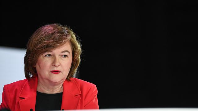 Nathalie Loiseau, qui fait campagne sur la lutte contre le populisme, a tenté mardi d'éteindre l'incendie provoqué par la révélation de sa présence sur une liste d'extrême droite à Sciences Po en 1984.