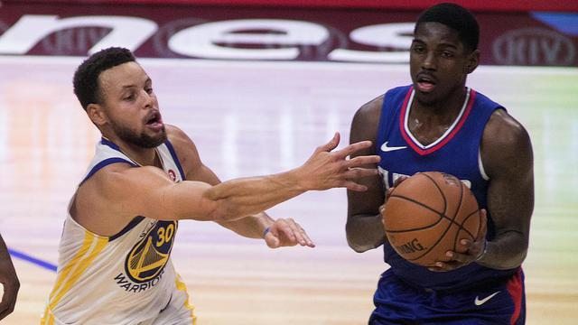 Les Warriors de Stephen Curry seront une nouvelle fois au rendez-vous des play-offs au contraire des Los Angeles Clippers.