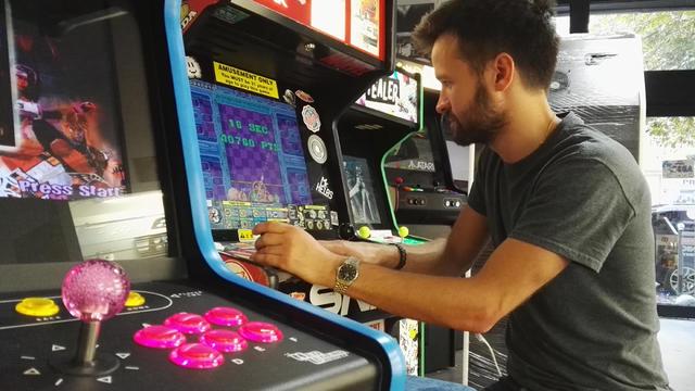 neo legend ressuscite les bornes d 39 arcade. Black Bedroom Furniture Sets. Home Design Ideas