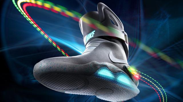 newest 6c5d1 b733f Les Nike Mag seront officiellement disponibles au printemps 2016.© Nike