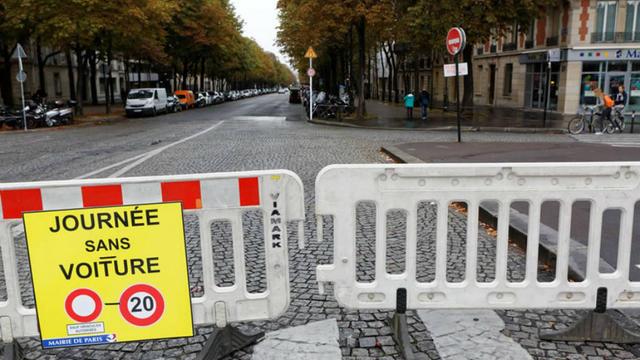 Pour la 3e édition de la «Journée sans voiture», le périmètre a été élargi à tout Paris.