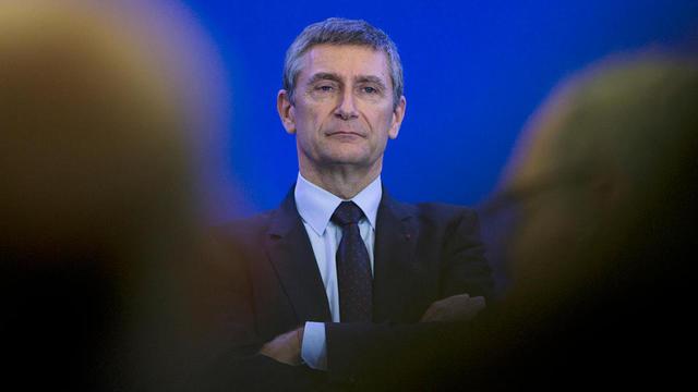 Fort de sa carrière dans la police et de ses marques en politique, Frédéric Péchenard a de bonnes chances de se voir proposer l'Intérieur.