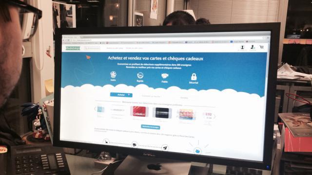 Le site Placedescartes.fr permet de revendre ou d'acheter des cartes et chèques-cadeaux.