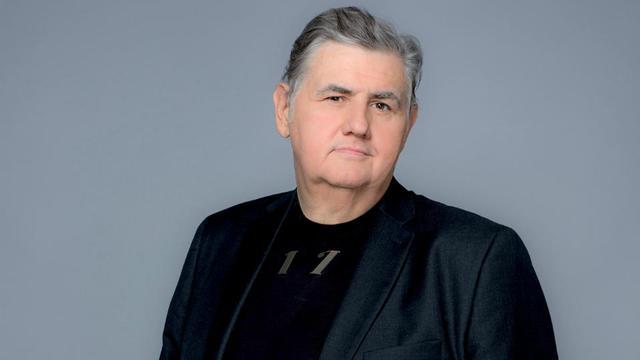 Pierre Menes Va Presenter Lemission H Pm Tous Les Vendredis Soir S Grangier C