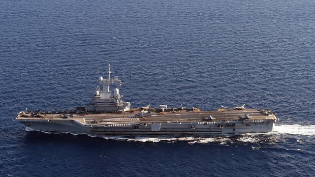 Le Porte Avions Charles De Gaulle Est Pret A Frapper Daesh Www