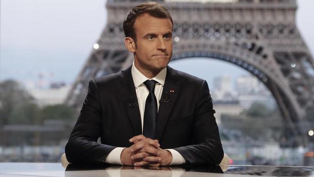 Emmanuel Macron lors de son interview par BFM et Mediapart, dimanche 15 avril.