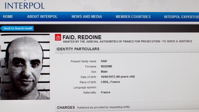 Evasion: le braqueur récidiviste Redoine Faïd, évadé le 13 avril de la maison d'arrêt de Séquedin, interpellé  dans un hôtel en Seine-et-Marne
