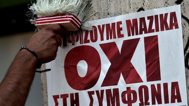 La propagande du non s'affiche dans les rues.