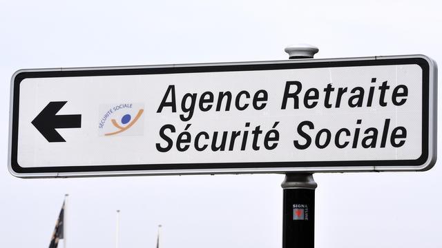 L'âge légal de départ à la retraite «reste fixé à 62 ans» dans le cadre du système «universel» voulu par Emmanuel Macron, a déclaré Jean-Paul Delevoye.