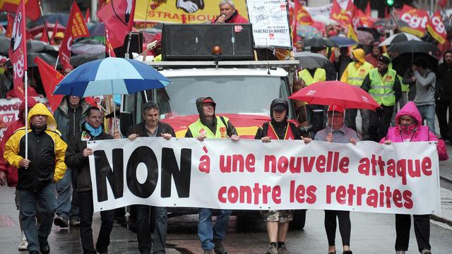 Gr U00e8ve Du 5 D U00e9cembre  En Direct   Mobilisation Massive En Vue