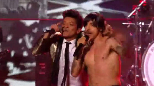 Le chanteur des Red Hot Chili Peppers avec Bruno Mars