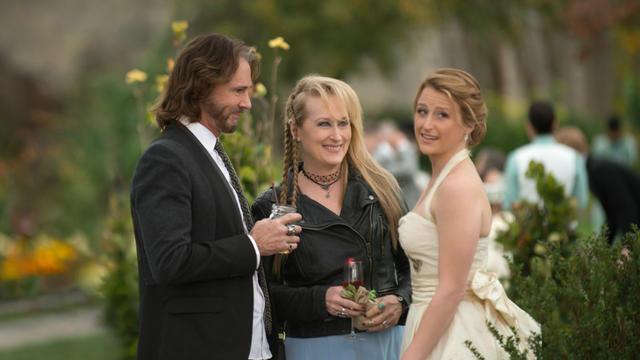 "Rick Springfield, Meryl Streep et Mammie Gummer dans ""Ricki and the Flash"", un film scénarisé par Diablo Cody."
