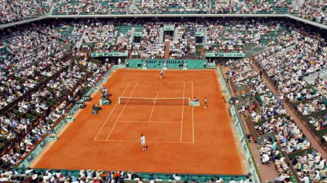 Les travaux de modernisation de Roland-Garros pourraient débuter en septembre 2015.