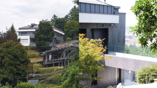 Ronaldo s 39 est install dans une maison luxueuse turin for Petite maison luxueuse