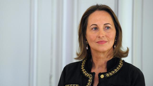 Ségolène Royal s'est montrée réservée sur une interdiction des feux de cheminée en Ile-de-France.